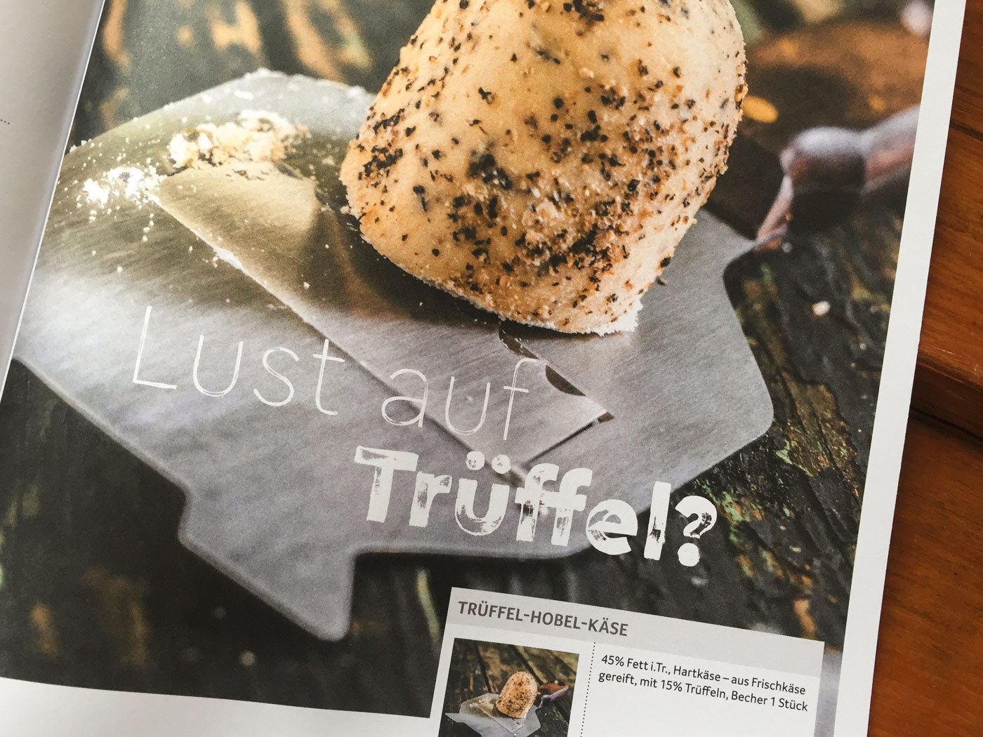 Fonts In Use Trans Gourmet Kaese Magazin Milk Design 19 Cera Brush